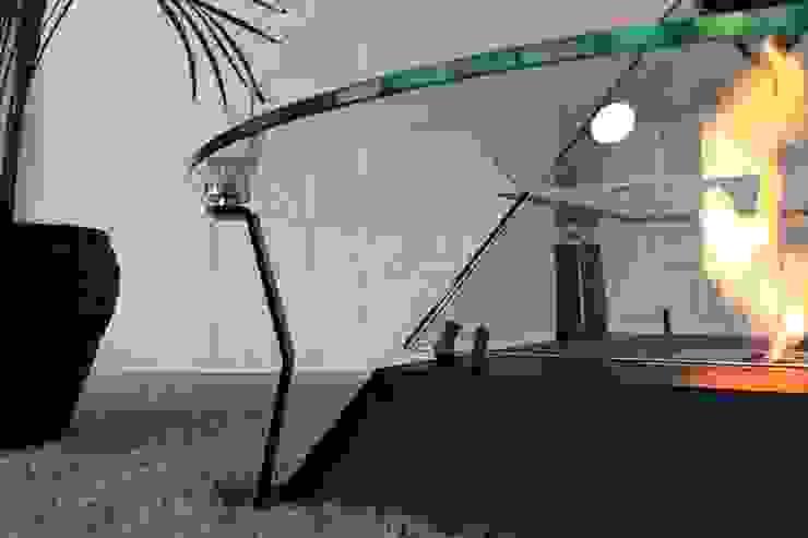 Jardines de invierno de estilo moderno de RF Design GmbH Moderno