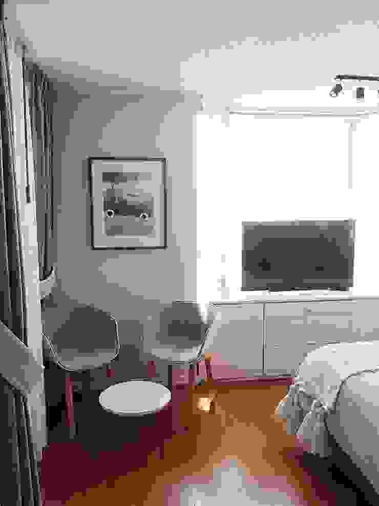 Después Dormitorio principal / estar pequeño integrado de Estudio Arquitectura y construccion PR/ Arquitectura, Construccion y Diseño de interiores / Santiago, Rancagua y Viña del mar Moderno