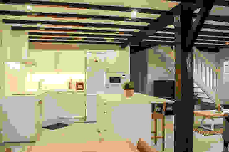 MUEBLES DG КухняШафи і полиці
