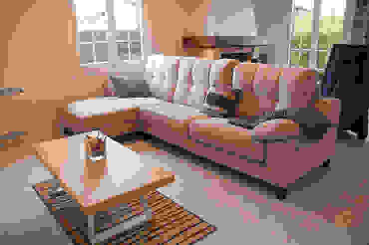 Sofa chaise longe de MUEBLES DG Escandinavo