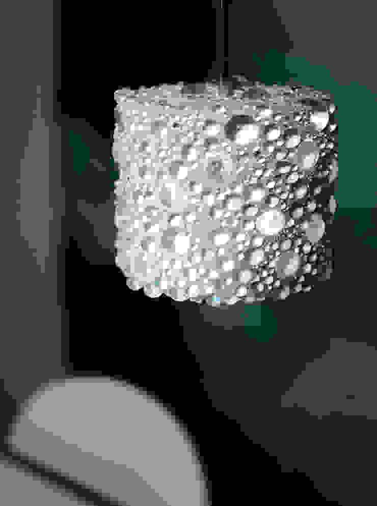 Pearlnera Pendelleuchte aus Beton und Glas material raum form EsszimmerBeleuchtungen Beton Weiß