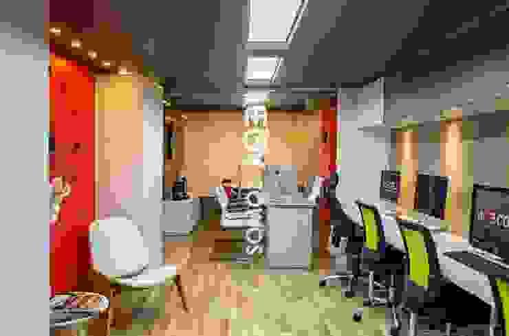 oficina Livings modernos: Ideas, imágenes y decoración de AQ3 COL SAS Moderno