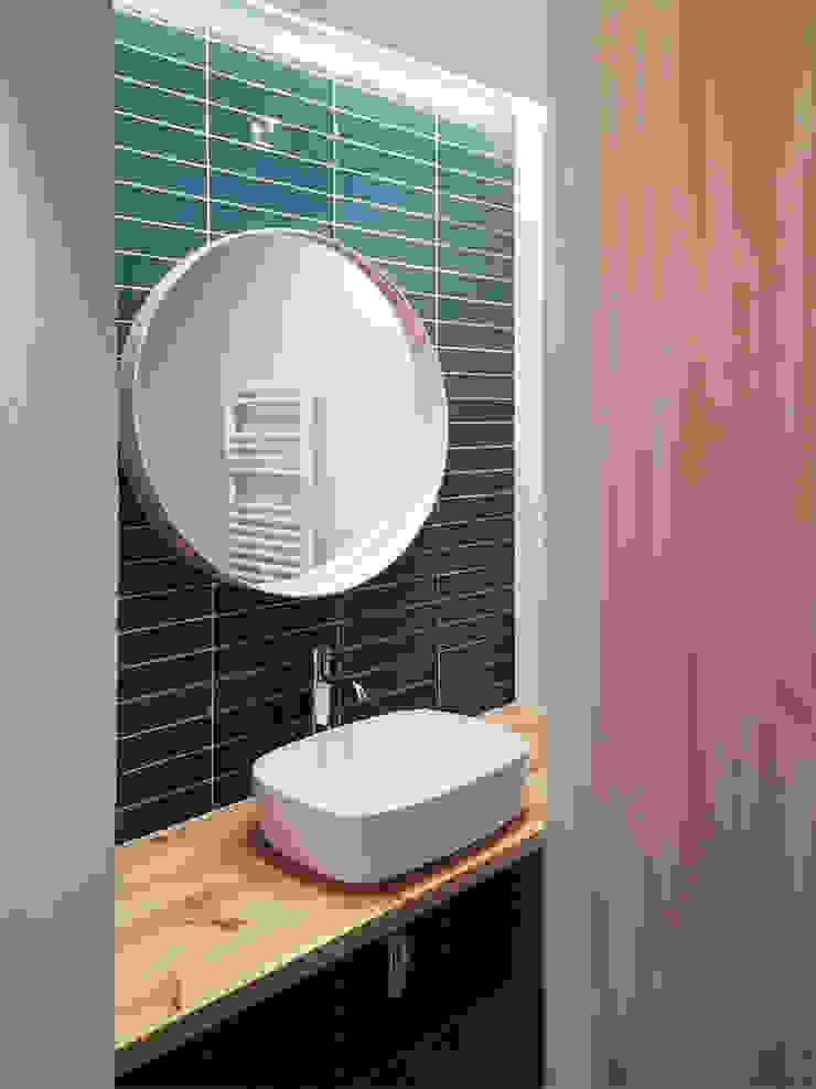 Can Basseda, reforma A. Cuarto de baño Baños minimalistas de Oficina Urbana Minimalista