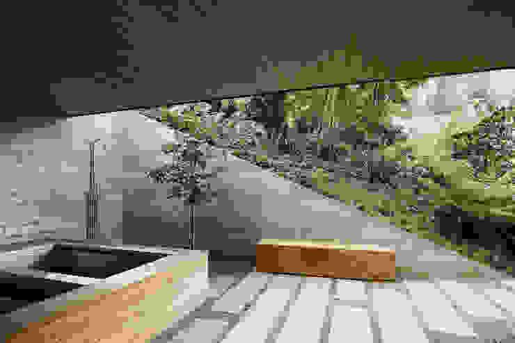 Twin Peaks by Feldman Architecture Modern
