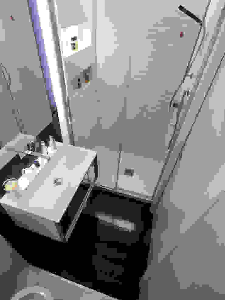 il bagno Bagno moderno di Altro_Studio Moderno