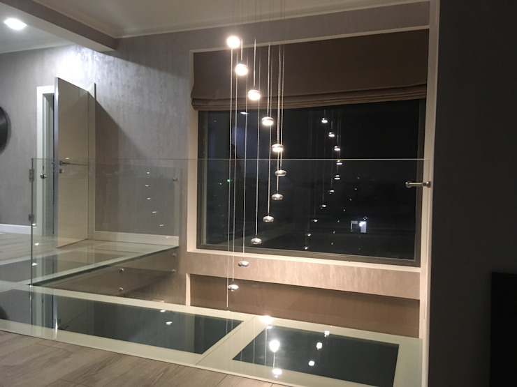 Ограждения из стекла КП Пушкино Поле в Московской области Ванная комната в стиле модерн от СТЕКЛОВИЧ Модерн Стекло