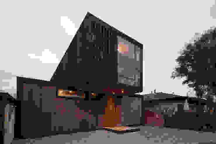 Casa FS Casas de estilo minimalista de Estudio Dikenstein arquitectos Minimalista