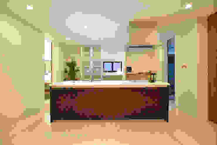 キッチン: Style Createが手掛けた現代のです。,モダン