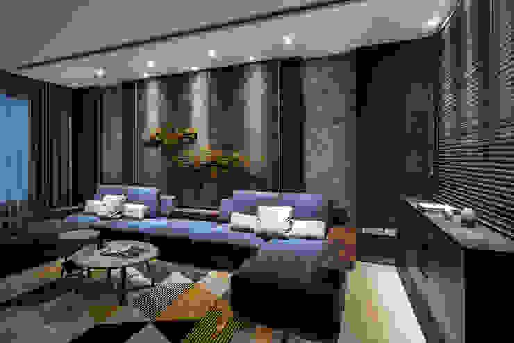 西螺董公館 现代客厅設計點子、靈感 & 圖片 根據 大漢創研室內裝修設計有限公司 現代風