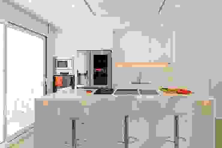 CREAPROJECTS. Interior vivienda. Cocina de CREAPROJECTS. Interior design. Mediterráneo