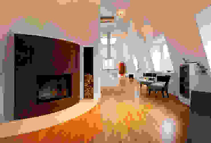 Weinkath GmbH Salas de estilo moderno Ámbar/Dorado