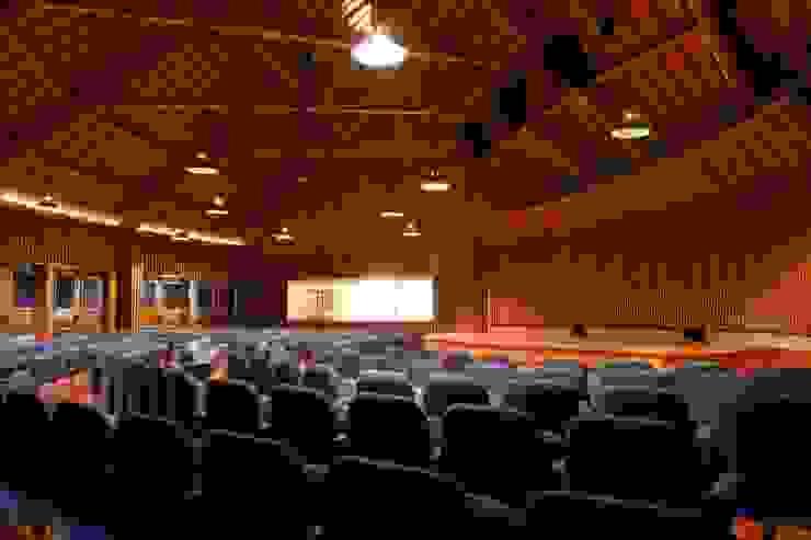 OMAR SEIJAS, ARQUITECTO Modern event venues