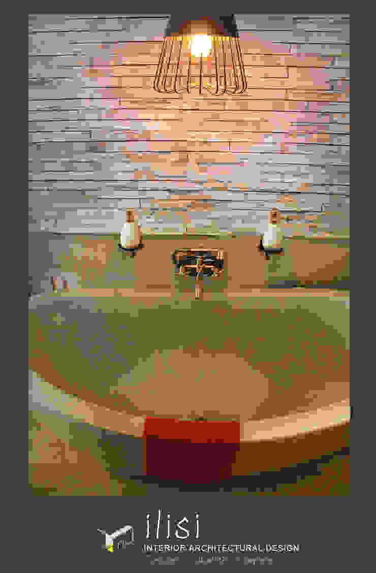 Freestanding Bath Classic style bathroom by ilisi Interior Architectural Design Classic Stone