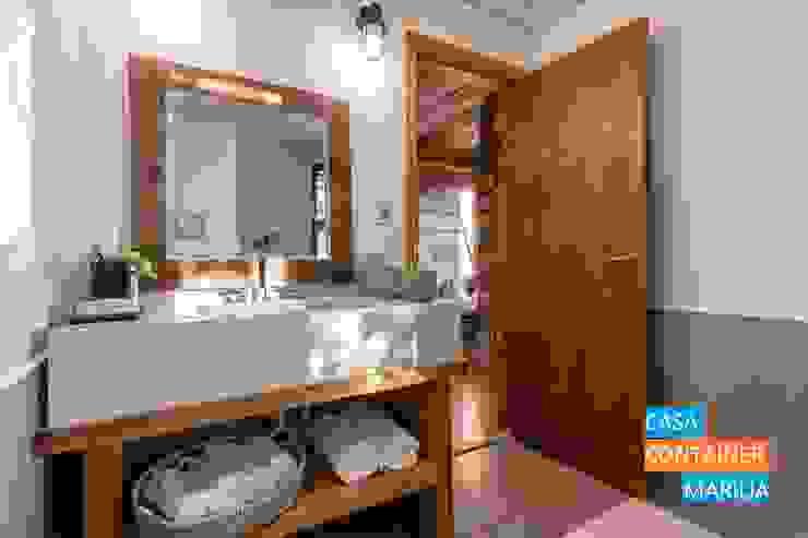 Banheiro Suíte Banheiros campestres por Casa Container Marilia - Barros Assuane Arquitetura Campestre
