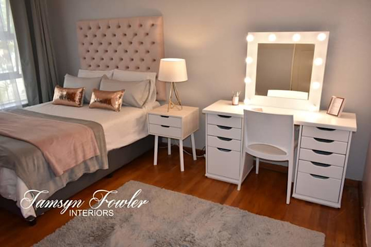 Glam girls bedroom Modern style bedroom by Tamsyn Fowler Interiors Modern