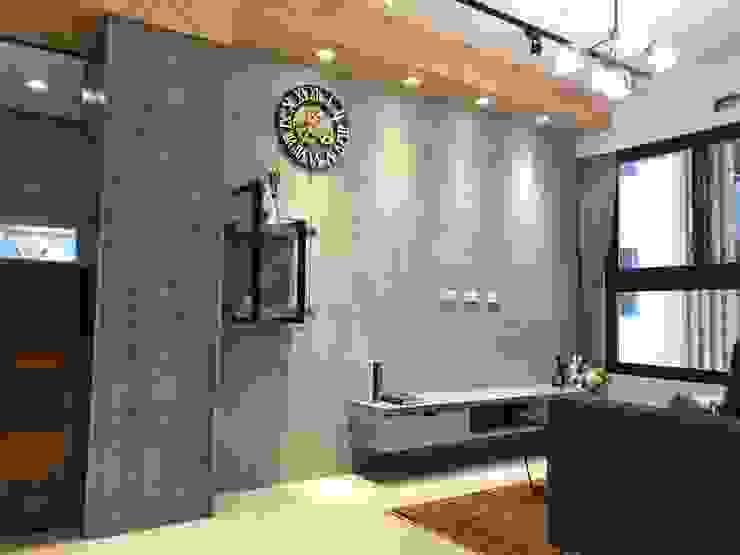 仿清水模塗料 根據 歐皇系統傢俱有限公司 工業風 水泥