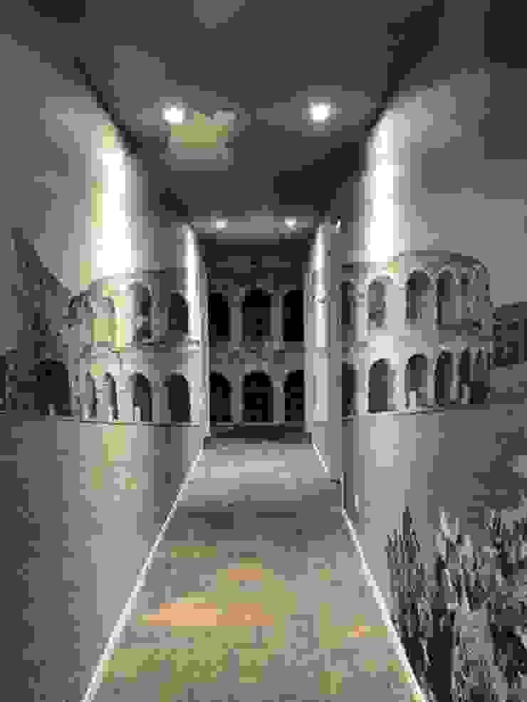 Verona Romana Pareti & Pavimenti eclettiche di Creativespace Sartoria Murale Eclettico
