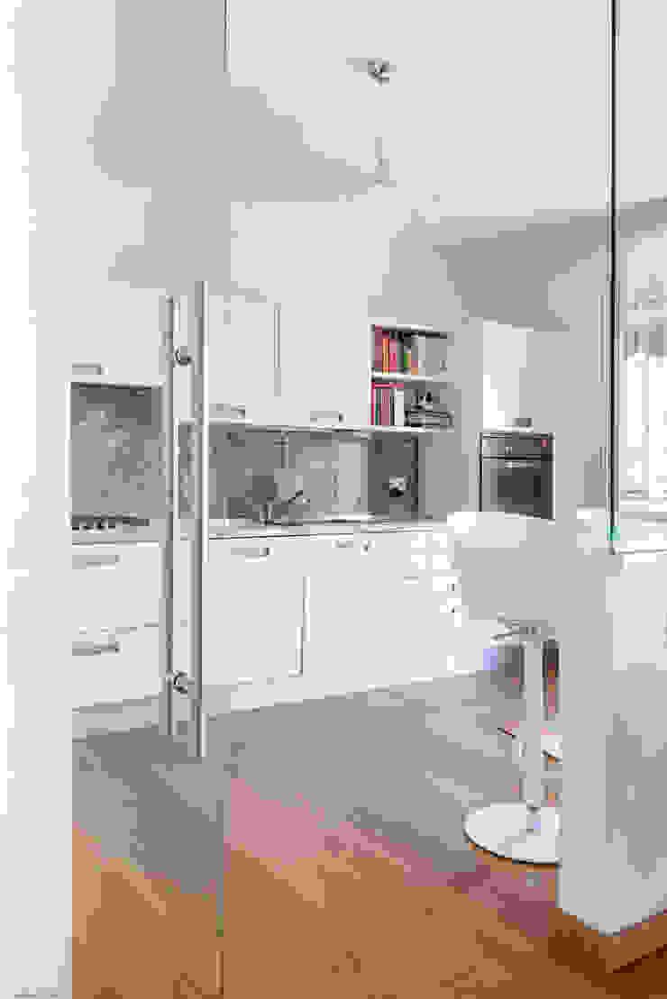 GruppoTre Architetti Dapur kecil White
