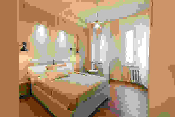 Camera Matrimoniale Camera da letto moderna di GruppoTre Architetti Moderno