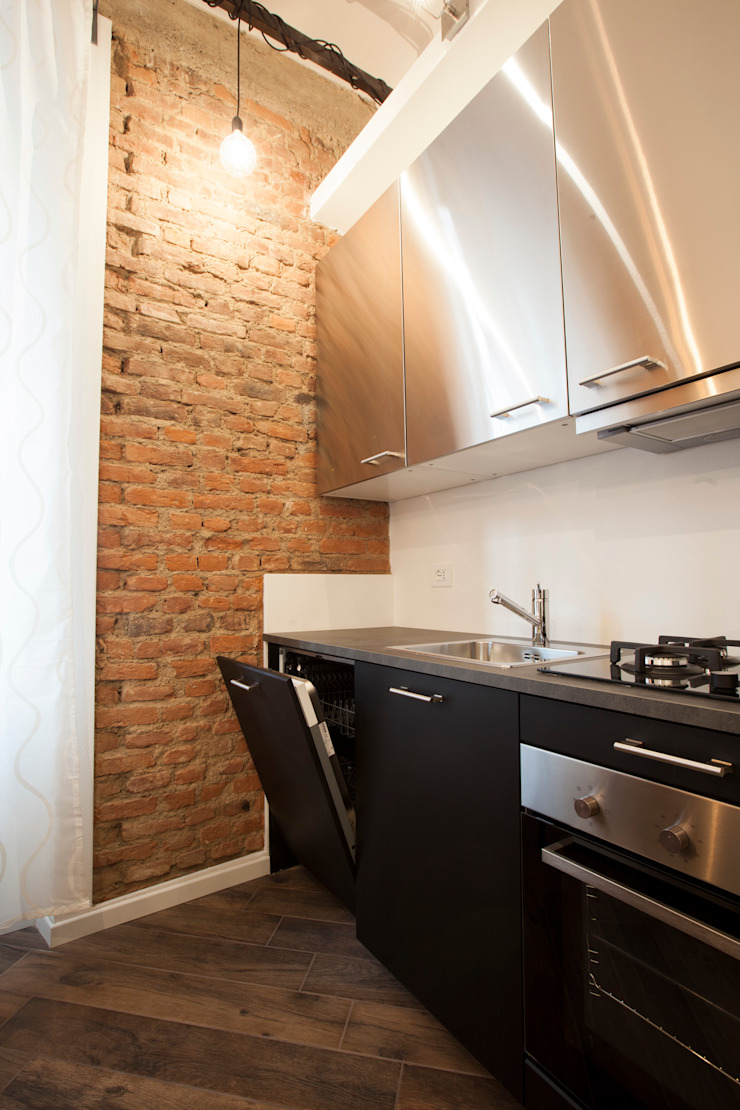 Cocinas de estilo moderno de GruppoTre Architetti Moderno