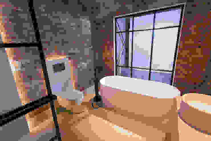 JEE-O Soho bath De Eerste Kamer Industriële badkamers Metaal Zwart