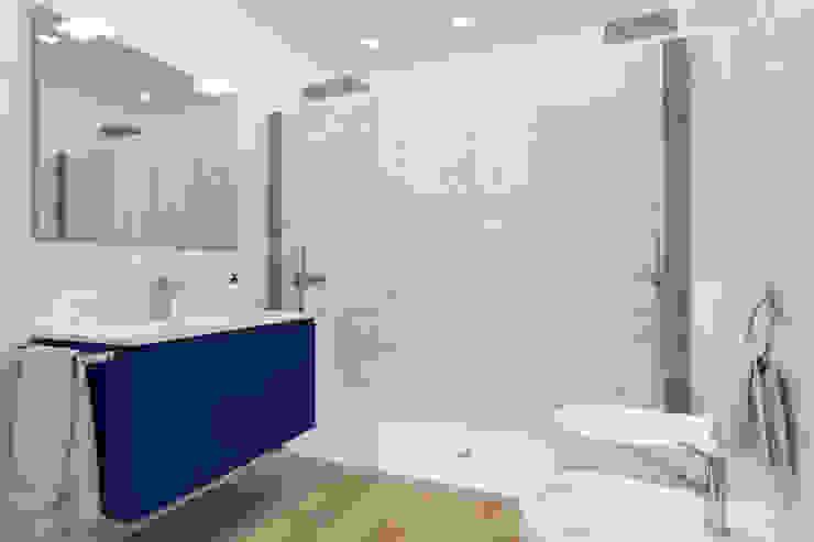 Appartamento in Darsena APrenderingstudio di Eleonora Aonzo Bagno moderno Marmo Blu
