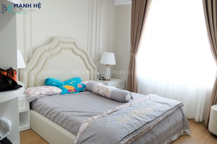 Classic style bedroom by Công ty TNHH Nội Thất Mạnh Hệ Classic Wood Wood effect