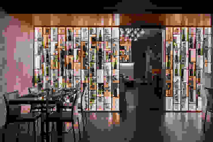 Modern gastronomy by GruppoTre Architetti Modern
