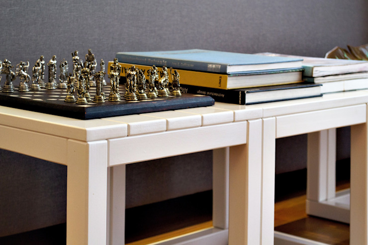 RAWI Arquitetura + Design Modern living room Wood White