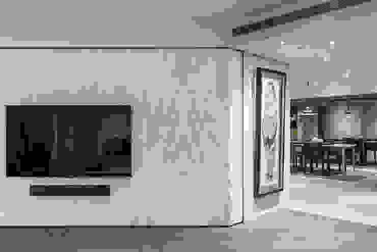 純粹 现代客厅設計點子、靈感 & 圖片 根據 樹屋室內裝修設計有限公司 現代風