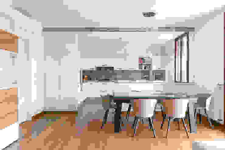 GruppoTre Architetti Ruang Makan Modern