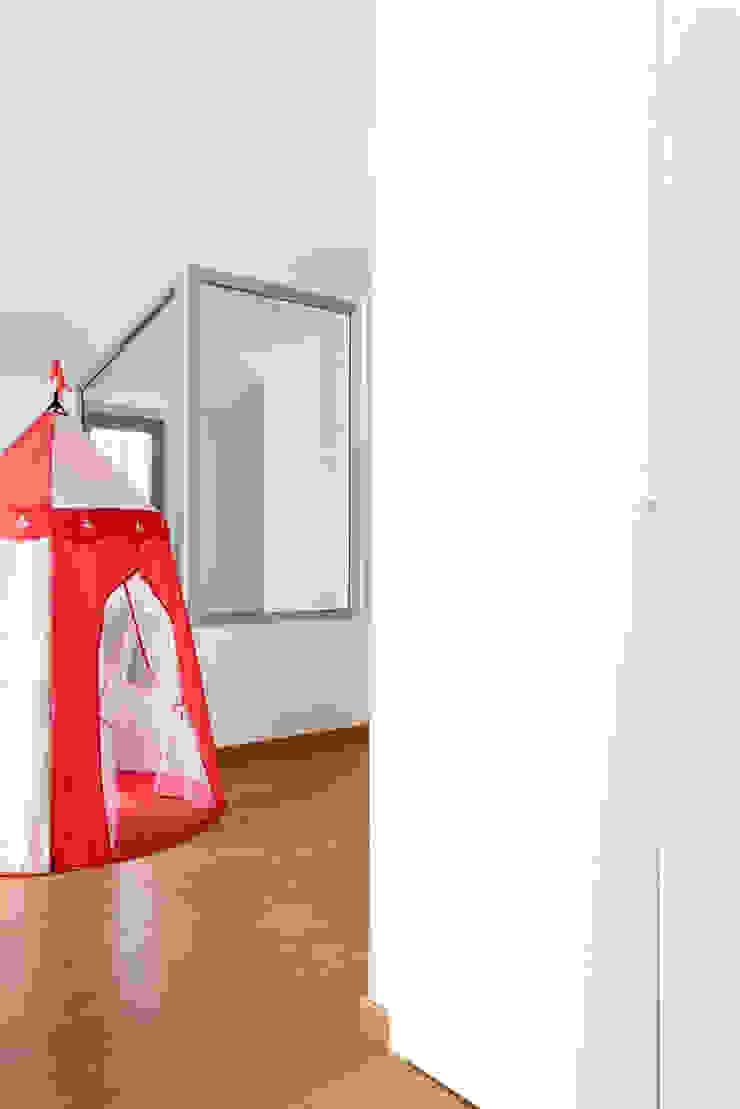 GruppoTre Architetti Koridor & Tangga Modern