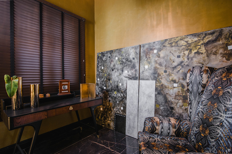 Loft del Arqueólogo Luis Escobar Interiorismo Salas / recibidores