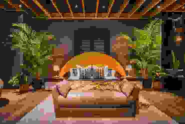 Loft del Arqueólogo Luis Escobar Interiorismo Dormitorios de estilo ecléctico