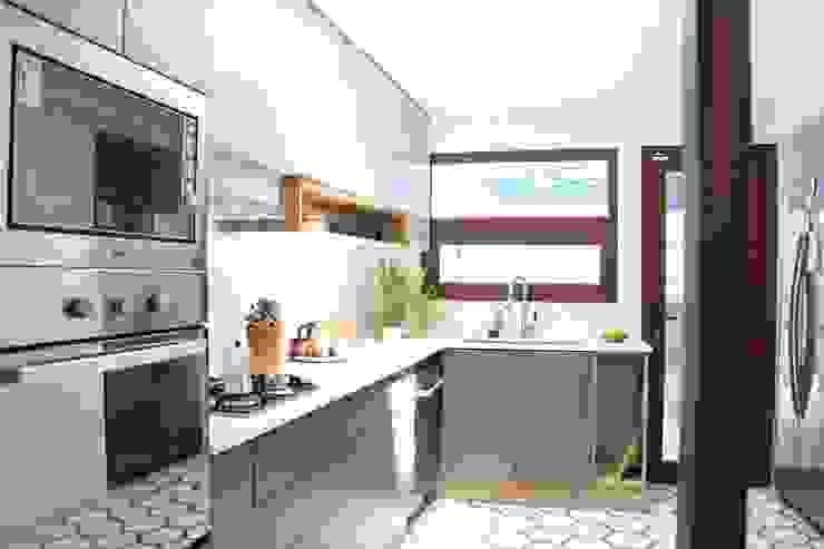 Nido Arquitectos Mediterrane Küchen