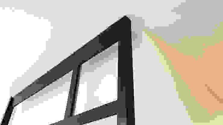 de Hammer & Margrander Interior GmbH Moderno Hierro/Acero
