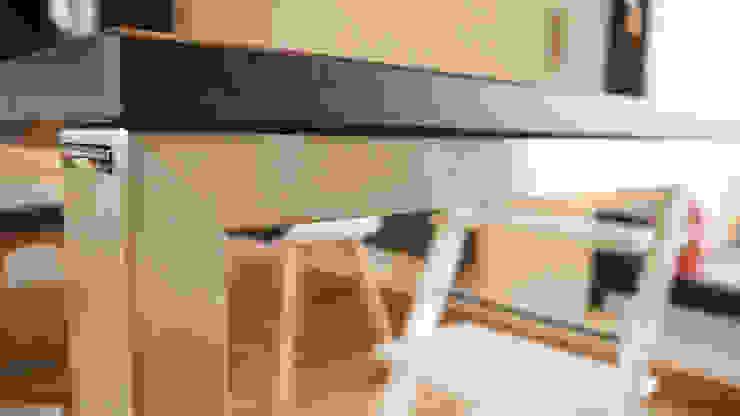 modern  by Hammer & Margrander Interior GmbH, Modern Quartz