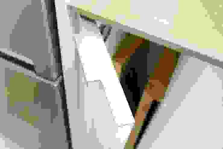 de Hammer & Margrander Interior GmbH Moderno