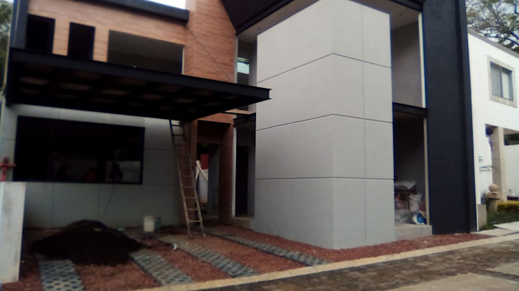 AR216 Terrace house Concrete Grey