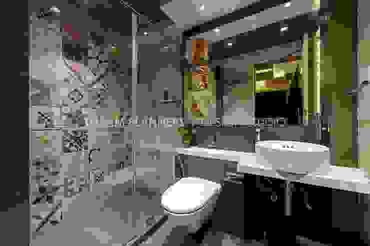 Bathing Area Dreamplanners BathroomToilets Tiles Beige