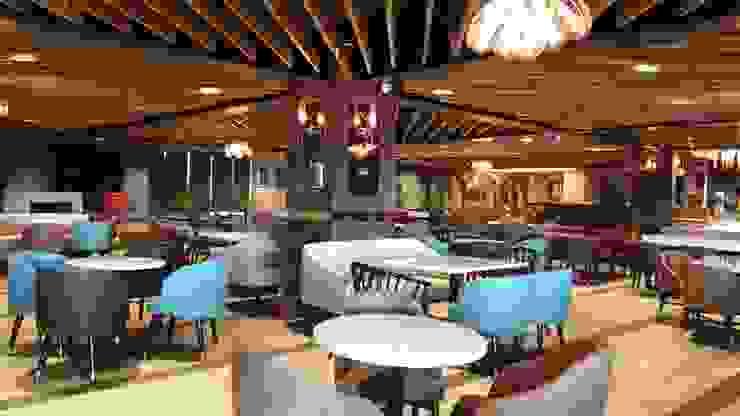 Restaurant area Modern bars & clubs by HC Designs Modern Wood Wood effect
