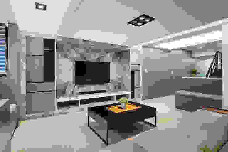 長型屋變身超質感現代宅 现代客厅設計點子、靈感 & 圖片 根據 達睿室內裝修國際事業有限公司 現代風 大理石