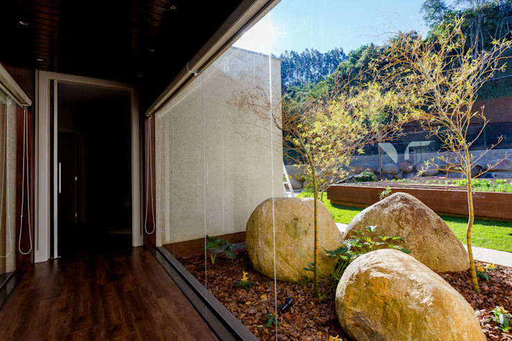 Ausgefallener Garten von Élcio Bianchini Projetos Ausgefallen