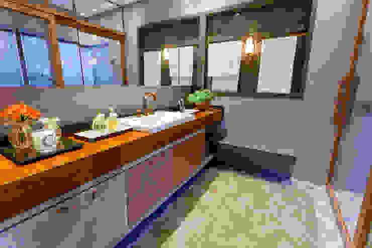 Ausgefallene Badezimmer von Élcio Bianchini Projetos Ausgefallen