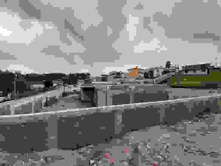 Moradia Unifamiliar Escapães, Sta Maria Feira por rem-studio Moderno Betão armado