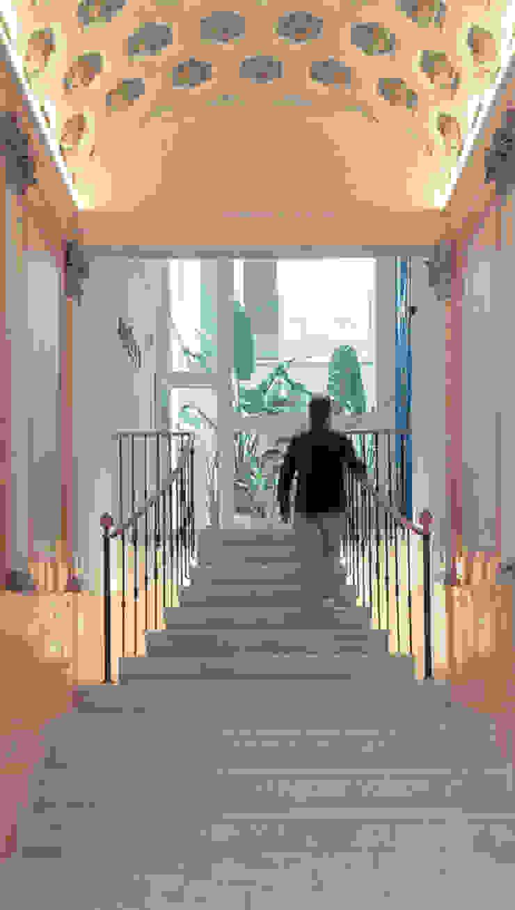 Modern Corridor, Hallway and Staircase by Baena Casamor Arquitectes BCQ, slp Modern