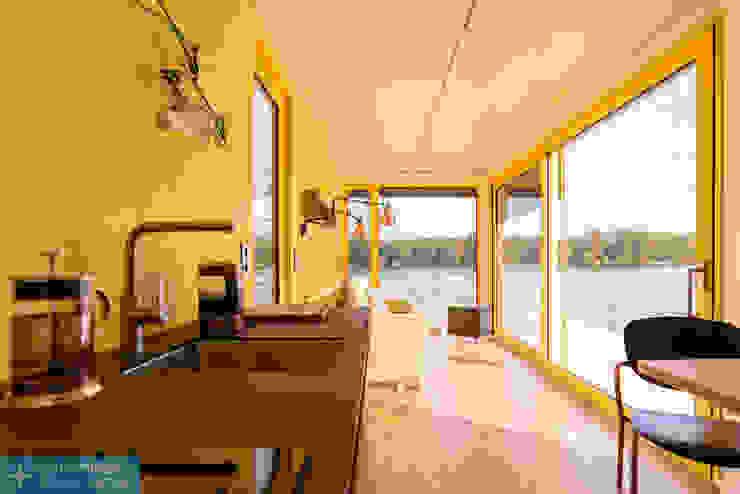 Hausboot Container Manufaktur Berlin Minimalistische Esszimmer