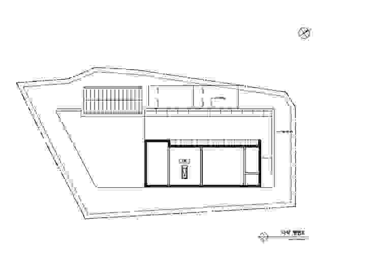 외부 마감과 내부 마감을 화이트톤으로 통일한 백옥같은 서종면 정배리 양평목조주택-다락평면도: 위드하임의 현대 ,모던