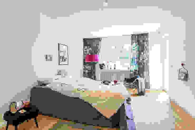 Kamar Bayi/Anak Modern Oleh Münchner home staging Agentur GESCHKA Modern