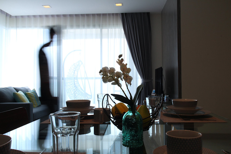 คอนโดมิเนียม เดอะ ปาล์ม บีช พัทยา : ทะเลเมดิเตอร์เรเนียน  โดย Glam interior- architect co.,ltd, เมดิเตอร์เรเนียน ฝ้าย Red
